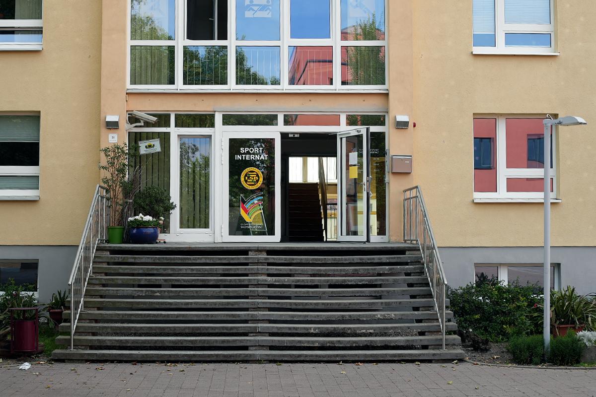 SV-Halle_Sportschulen_Internat-Eingang